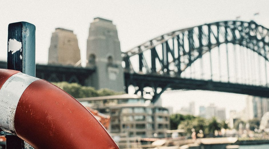 Harbour Bridge in Sydney - zryd.me